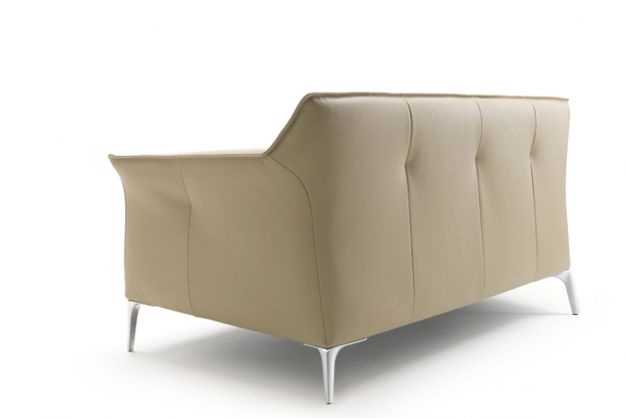 mayon sofa von leolux design christian werner 2012. Black Bedroom Furniture Sets. Home Design Ideas