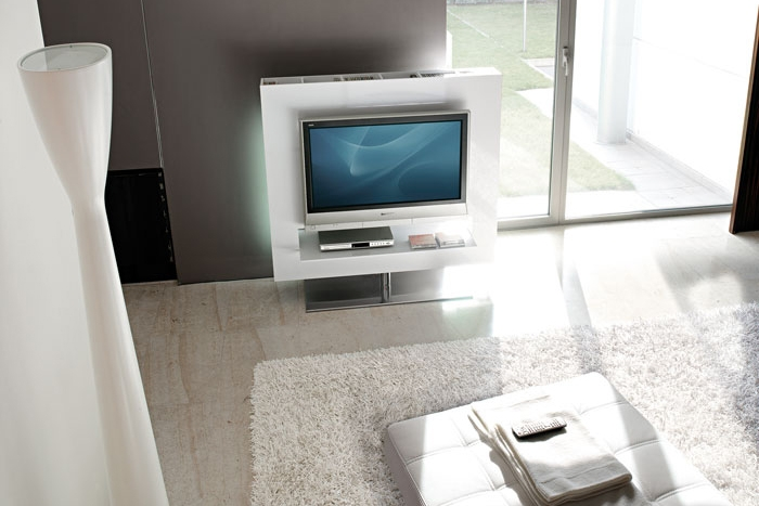 Tv drehbar 360° PANORAMA Fernsehträger von BONALDO, Design Gino Carollo